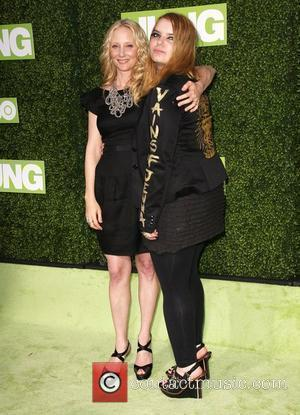 Anne Heche and Sianoa Smit-McPhee HBO Presents The Premiere Of Hung - Held at Paramount Studios Los Angeles, California -...