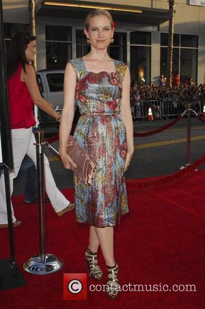 Bridget Fonda Pregnant