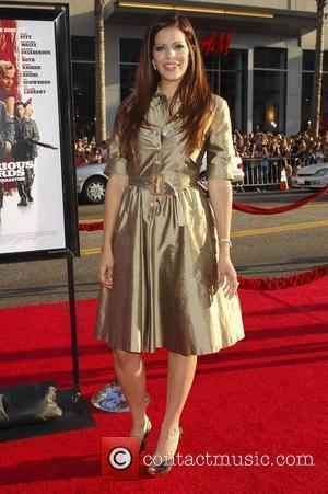 Sol Campbell Los Angeles Premiere of Inglourious Basterds Premiere held at The Grauman Chinese Theatre - Arrivals Hollywood, California -...