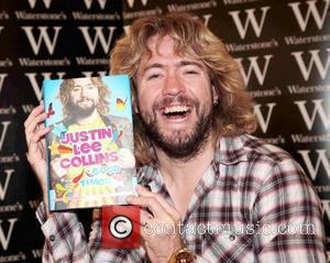 Justin Lee Collins signs copies of his book 'Good Times!' at Waterstones Bluewater London, England - 22.09.09