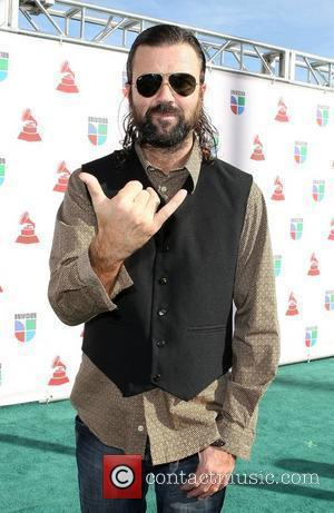 Rockers Jarabe De Palo Axe Tour As Singer Recovers From Cancer Surgery