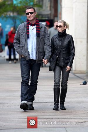 Liev Schreiber and Naomi Watts holding hands while out and about in Manhattan New York City, USA - 21.10.09