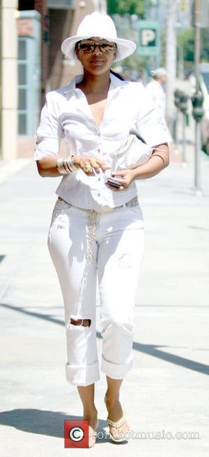LisaRaye McCoy-Misick spotted getting her eyebrows waxed at a salon in Beverly Hills Los Angeles, California - 16.07.09