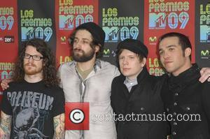 Andy Hurley, MTV, Patrick Stump and PETE WENTZ