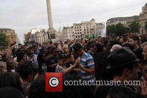 Atmosphere, Michael Jackson and Trafalgar Square