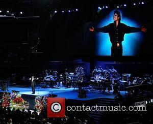 Michael Jackson   The memorial service for the King of Pop, Michael Jackson, at the Staples Center Los Angeles,...