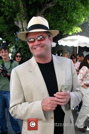 Micky Dolenz leaves the Ivy restaurant with his family Los Angeles, California - 01.10.09