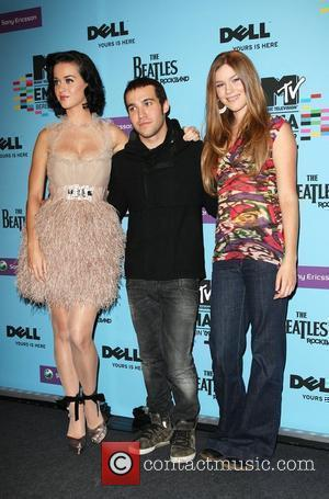 Katy Perry, Mtv and Pete Wentz