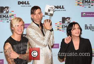Steve Forrest, Brian Molko, Mtv and Placebo