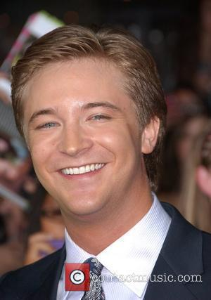 Michael Welch Premiere of 'The Twilight Saga: New Moon' at the Mann Village Theatre in Westwood - Arrivals Los Angeles,...