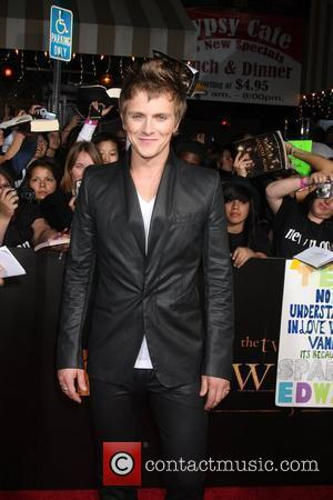 Charlie Bewley The Los Angeles Premiere of 'The Twilight Saga: New Moon' held at Mann Village and Bruin Theater in...