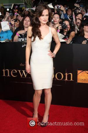 Elizabeth Reaser The Los Angeles Premiere of 'The Twilight Saga: New Moon' held at Mann Village and Bruin Theater in...