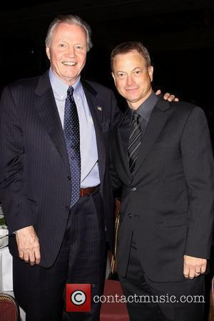 Jon Voight and Gary Sinise