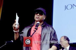 Ll Cool J Quarantined After Mid-air Drama