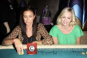 Mimi Rogers, Jennie Garth The Children's Institute hosts 'Poker For A Cause' celebrity poker tournament at the Commerce Casino Commerce,...