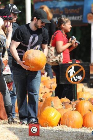 Jordan Bratman at Mr Bones Pumpkin Patch to pick out a pumpkin for Halloween  West Hollywood, California - 11.10.09