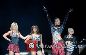 Pussycat Dolls Axe First Shows With Black Eyed Peas