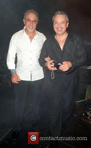 Emilio Estefan backstage during Ruben Blade concert at the James L. Knight Center  Miami, Florida. - 21.11.09
