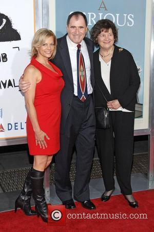 Richard Kind, His Wife and Mother