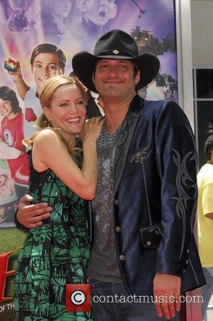 Robert Rodriguez and Leslie Mann World Premiere Of Warner Bros' 'Shorts' held at The Grauman's Chinese Theatre - Arrivals Los...