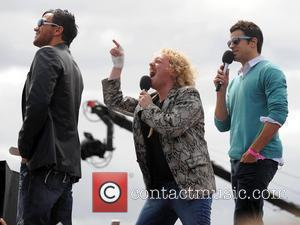 Peter Andre, Avid Merrion Aka Leigh Francis, Steve Jones and T4 On The Beach
