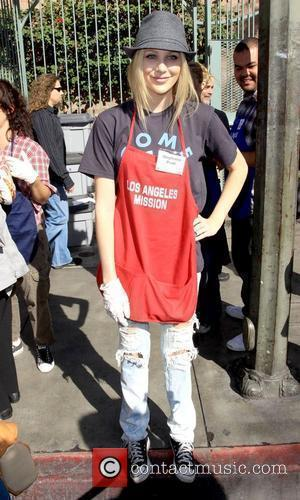 Stephanie Pratt Kirk Douglas and Anne Douglas host the '5th Annual Thanksgiving Meal for the Homeless' held at the Los...