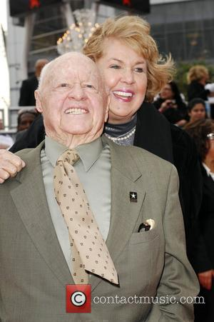 Mickey Rooney and Jan Rooney Michael Jackson's 'This Is It' Premiere at the Nokia Theatre - Arrivals Los Angeles, Cailfornia...