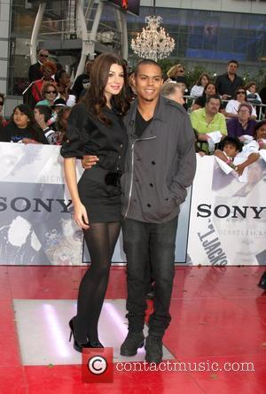 Evan Ross & Guest Michael Jackson's 'This Is It' Premiere at the Nokia Theatre - Arrivals Los Angeles, Cailfornia -...