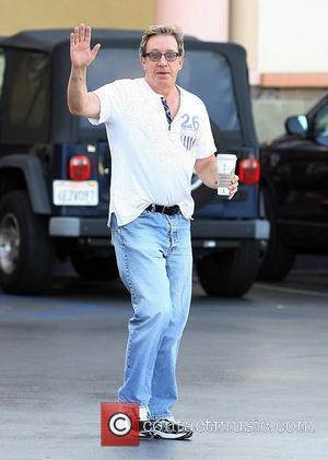 Tim Allen grabs a coffee in Studio City Los Angeles, California - 21.09.09
