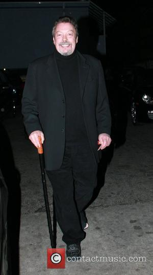 Tim Curry leaves Orso restaurant in West Hollywood with the help of a cane Los Angeles, California - 19.10.09