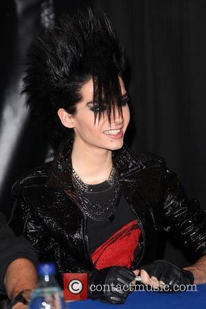 Bill Kaulitz Tokio Hotel sign copies of their new CD 'Humanoid' at Best Buy New York City, USA - 20.10.09