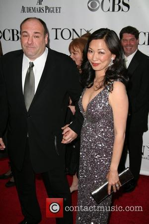James Gandolfini and Deborah Lin The 63rd Tony Awards held at the Radio City Music Hall - Arrivals New York...