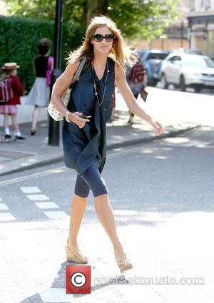 Trinny Woodall shows off her toned arms while out and about in West London London, England - 29.06.09
