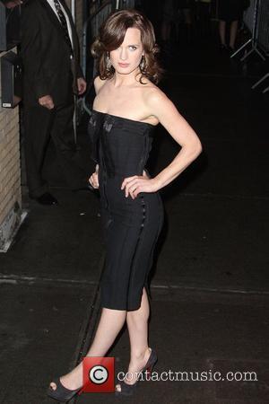 Elizabeth Reaser The Cinema Society & D&G screening of 'The Twilight Saga: New Moon' at Landmark's Sunshine Cinema - Outside...