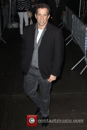 Kenneth Cole The Cinema Society & D&G screening of 'The Twilight Saga: New Moon' at Landmark's Sunshine Cinema - Outside...