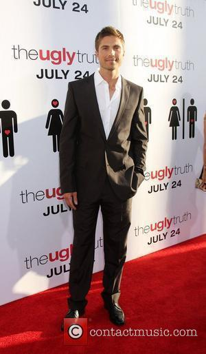 Eric Winter The Ugly Truth Premiere at the Cinerama Dome at the ArcLight Theater Los Angeles, California - 16.06.09