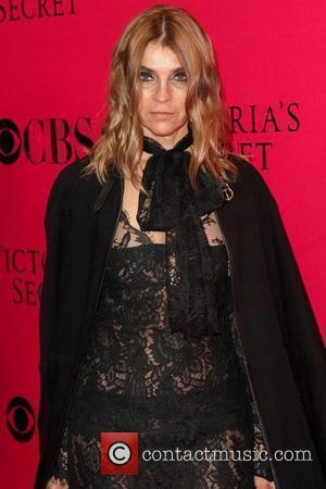 Carine Roitfeld 2009 Victoria's Secret Fashion Show at The Armory – Arrivals New York City, USA - 19.11.09
