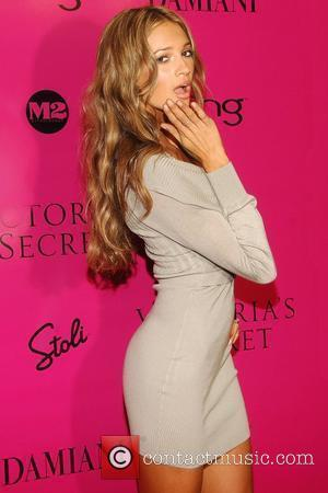 Rosie Huntington-Whiteley Victoria's Secret Fashion Show after party at M2 Ultra Lounge New York City, USA - 19.11.09