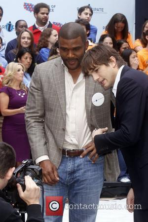 Ashton Kutcher, Times Square, Tyler Perry