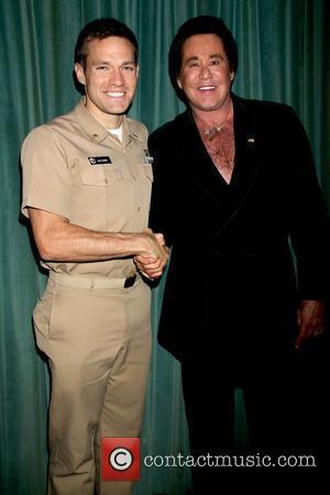 Wayne Newton and Andy Baldwin (the Bachelor 2007)