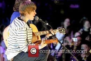Bieber Delights Two Lucky New Yorkers