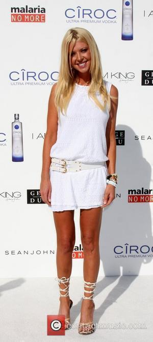 Tara Reid The Annual White Party held at a private residence in Beverly Hills - Arrivals California, USA - 04.07.09