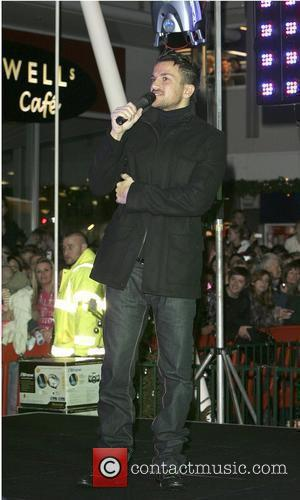 Peter Andre  Christmas Lights switch on ceremony at the Yates Shopping Centre Bristol, England - 19.11.09
