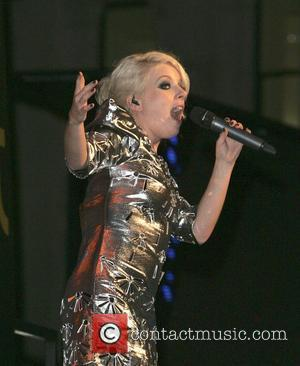 Little Boots Hurt By Fat Jibes