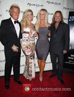 Chris Phillips, Marley Taylor, Lia Neil and Vince Neil