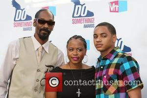 Snoop Dogg, Shante Broadus and Vh1