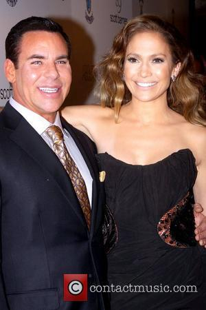Scott Barnes and Jennifer Lopez
