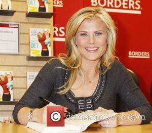 Alison Sweeney signs her new book 'The Mommy Diet' at at Borders Books  New York City, USA - 04.01.11