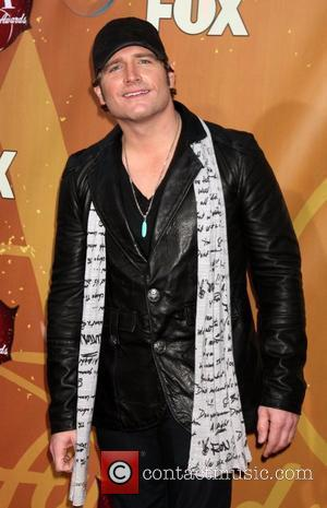 Jerrod Niemann Dismissed Tour Bus Fire As Heater