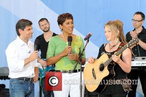 George Stephanopoulos, Robin Roberts and Crystal Bowersox